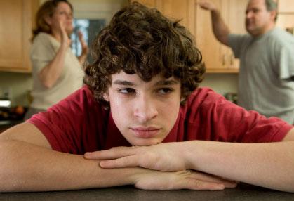 parents-argue-teen-upset